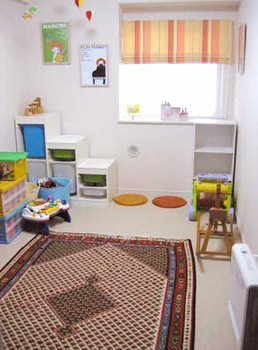 かわいい飾りがいっぱいの子ども部屋.png