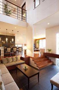住宅展示場のような完璧な設計の広い家.png
