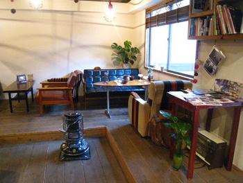 こりゃ完全に家じゃなくて本物のカフェというか喫茶店だわ.png