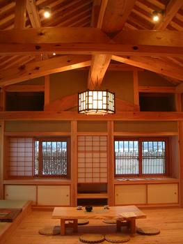 伝統構法の家の部屋.png