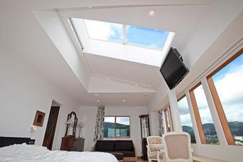 天窓のあるかっこいい内装.png