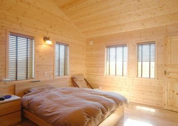 寝室もログハウス風にアレンジ.png