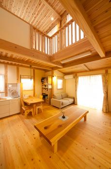 木のぬくもり溢れる暖かい部屋.png