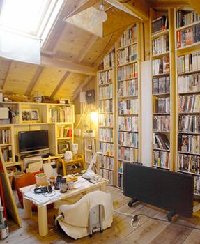 木の家と本・本・本.png